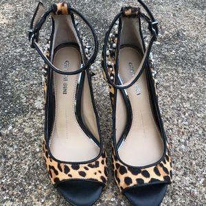 Gianni Bini Shoes - Gianni Bini Naraa Leopard Calf Hair Studded 5.5M